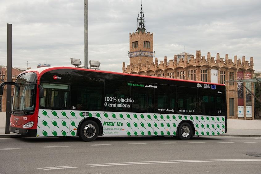 Öppna foto 9 av 9. Hola Barcelona : Barcelona Unlimited Transport Card