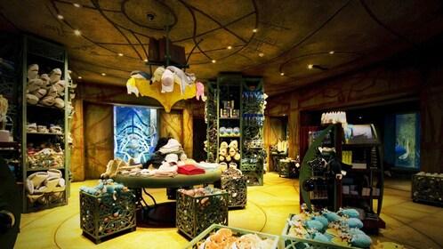 gift store inside Atlantis hotel aquarium in Dubai