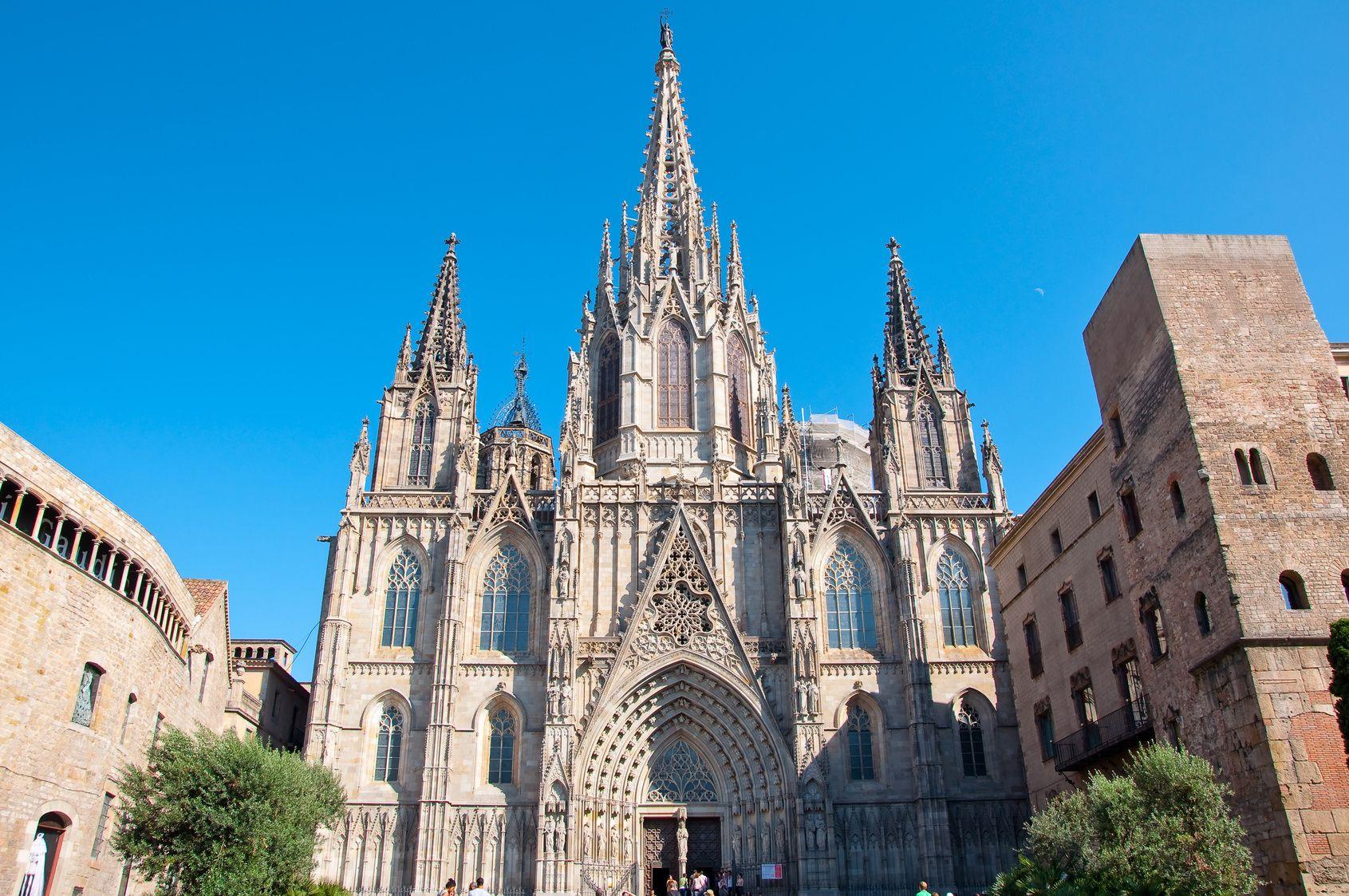 HD_Barcelona Fotolia_44618431_M.jpg