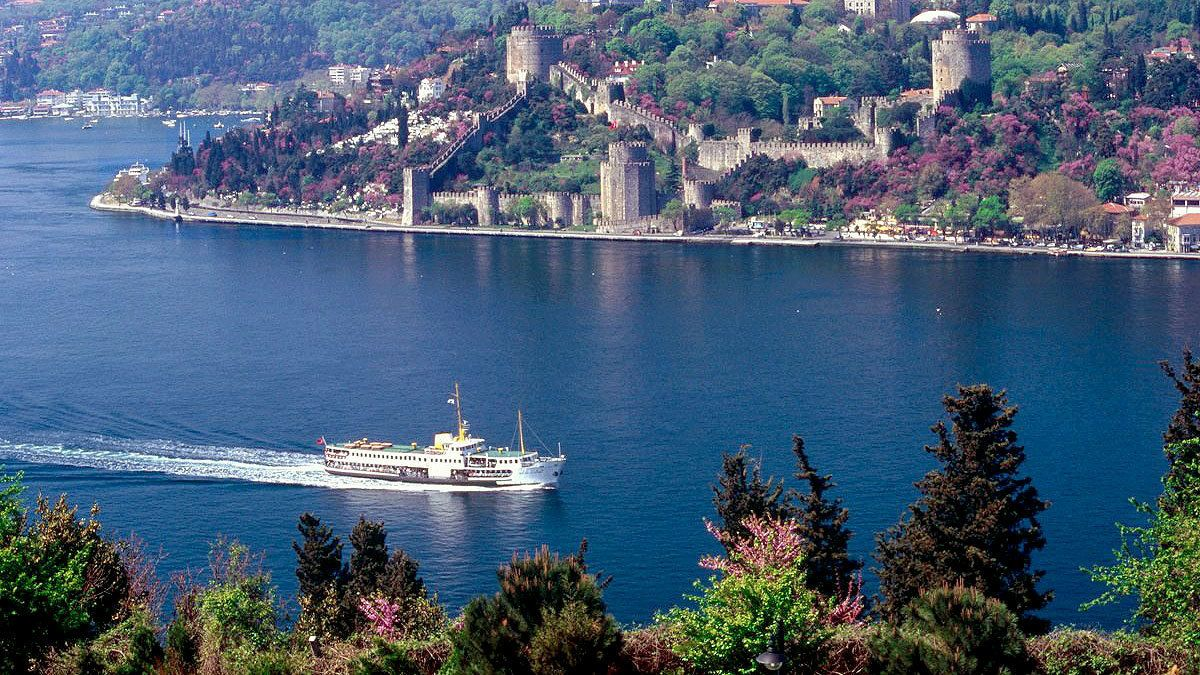 Scenic view of Turkey's waters with a boat on the water in Istanbul