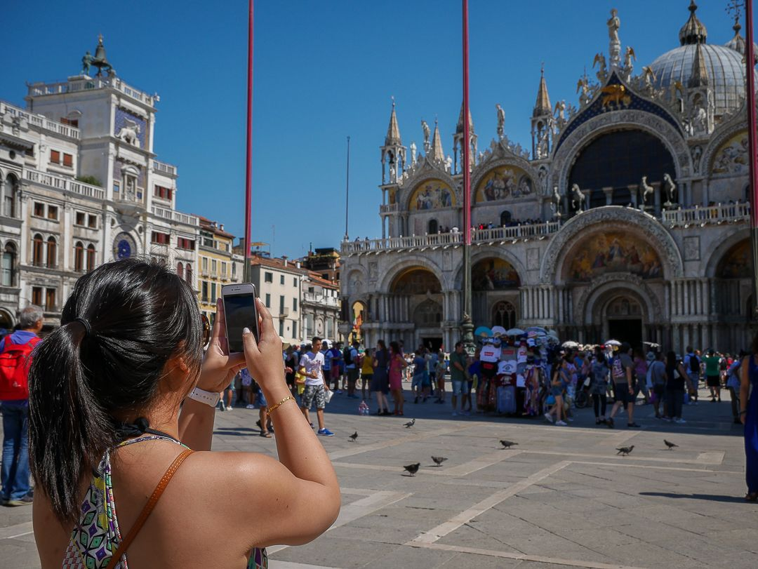 Best of Venice Walking Tour & St. Mark's with Gondola Ride or Doge's Palace