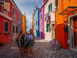 Murano & Burano Venetian Islands Tour by Private Water Taxi
