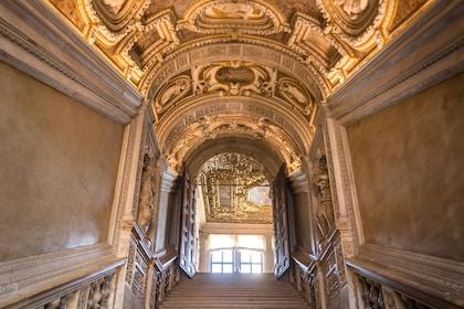 Doge's Palace & St. Mark's Basilica tour – Skip the the line