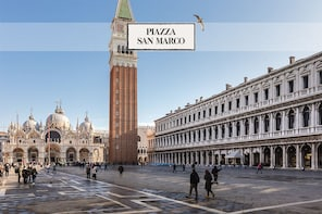Combo: Venice 1-day Walking Tour, Palazzo Ducale & Basilica
