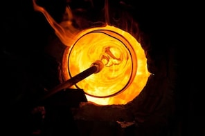 Glassblowing Showroom & Foundry Tour - Small group