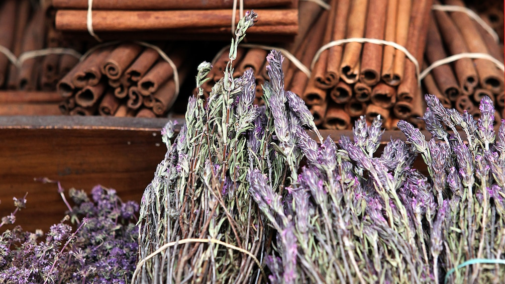 Bundles of cinnamon sticks and dried lavender