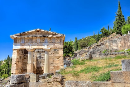 Ancient Delphi Full-Day Trip