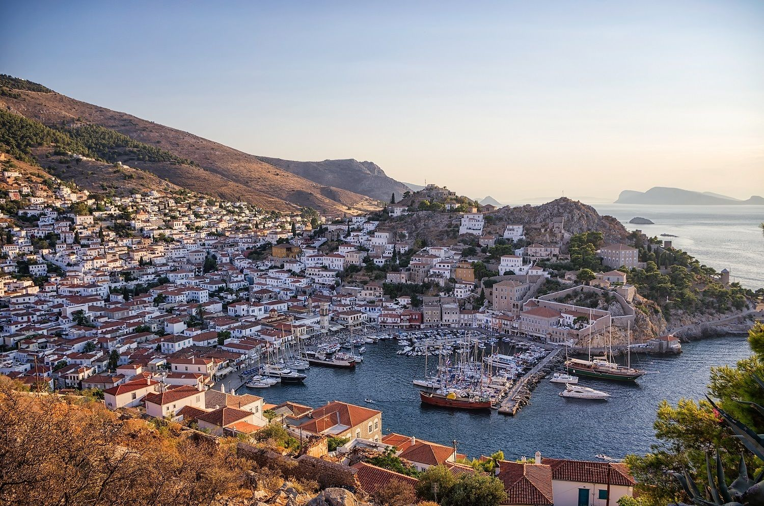 Skip-the-Line Athens, Cape Sounion, Delphi & Island Cruise