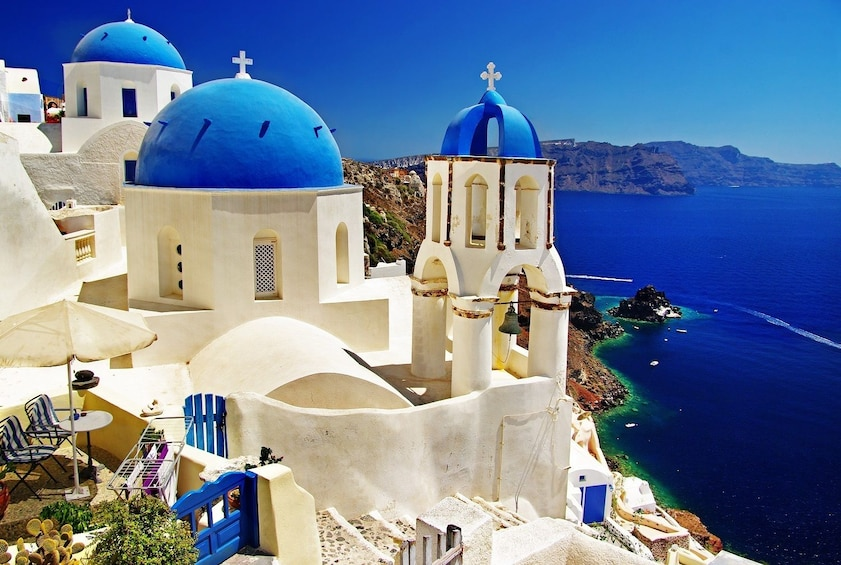 Charger l'élément 3 sur 10. 2-Day Santorini Island Trip from Athens