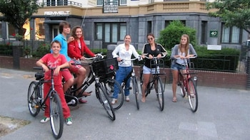 Amsterdam Historical Bike Tour
