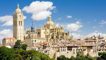 Avila With Walls & Segovia - Full Day Tour from Madrid