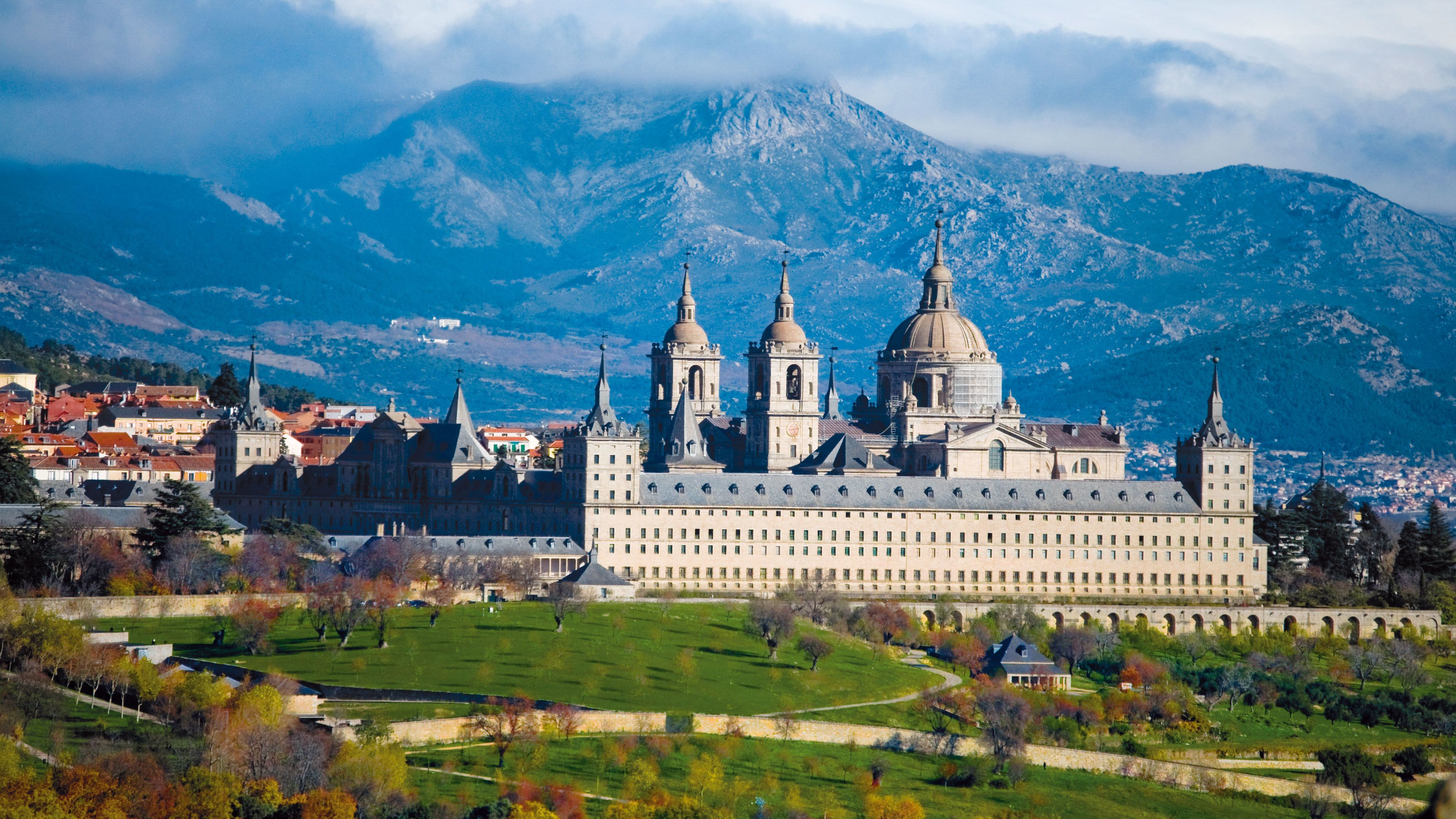 Halbtagesausflug zum Escorial und ins Tal der Gefallenen