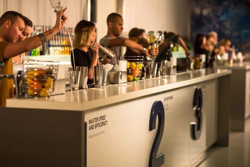 Åpne bilde 2 av 8. The House of Bols Cocktail & Genever Experience