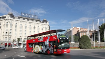 Hop-on, hop-off-bustour door Madrid