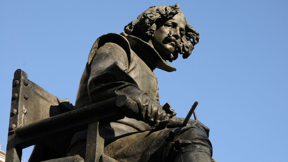 Close view of the statue in front of the Museo del Prado in Madrid