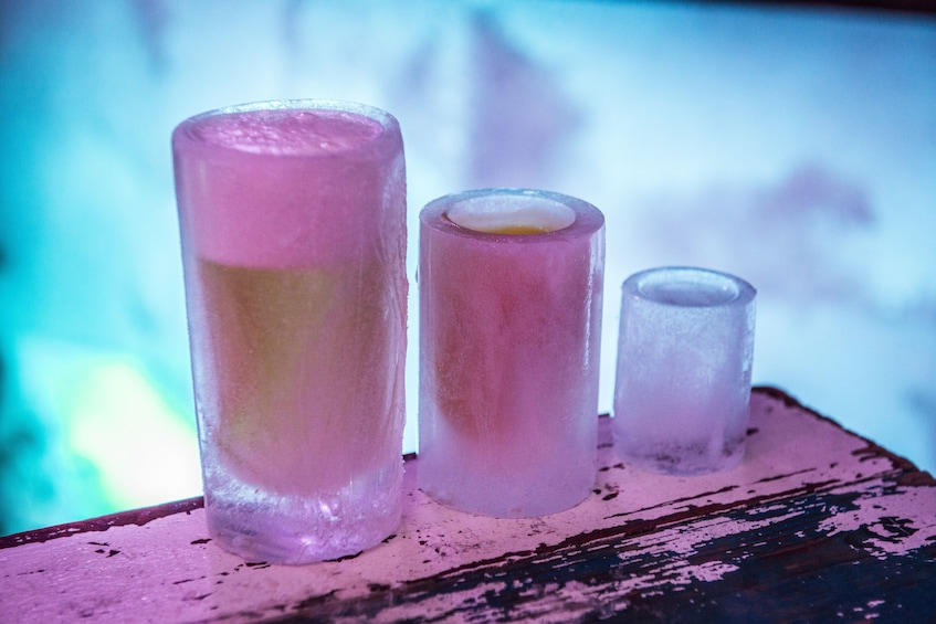 Åpne bilde 2 av 10. Amsterdam XtraCold Icebar Tickets with Drinks