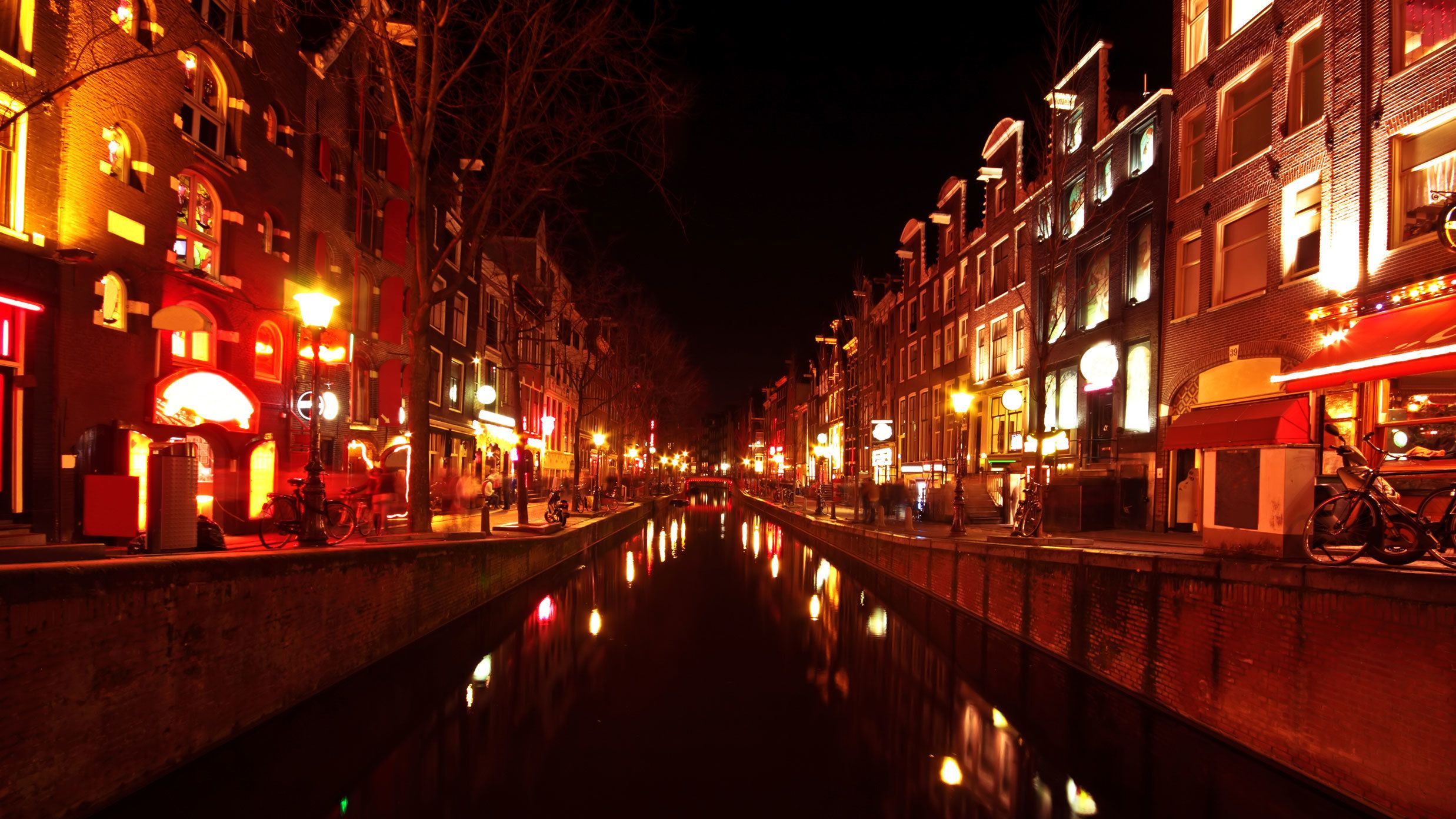 Red Light District Walking Tour & Red Light Secrets Museum