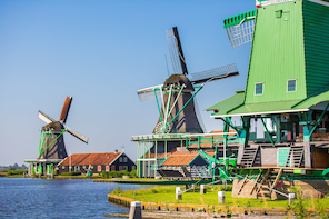 Volendam, Marken & Windmills Day Trip from Amsterdam