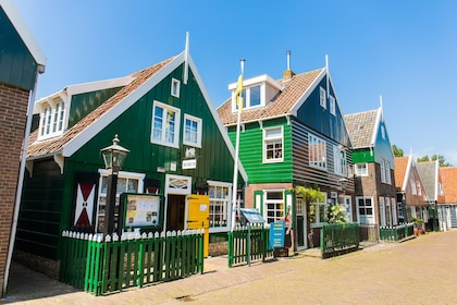 Dutch Countryside Tour with Windmills, Volendam & Marken
