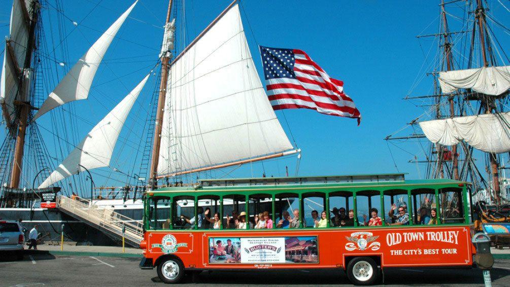 Tour guidato in autobus hop-on hop-off del centro storico
