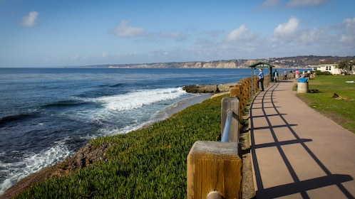 Paved path along the ocean in San Diego