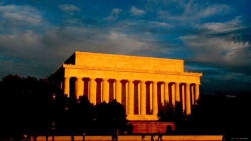 Sun setting on the Lincoln Memorial in Washington DC