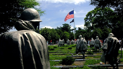 Sculptures of World War Two soldiers in Washington DC