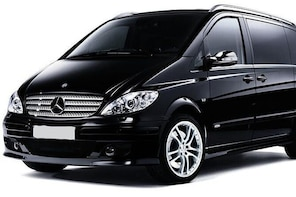 Departure Private Transfer Valencia City to Valencia Airport VLC in Minivan