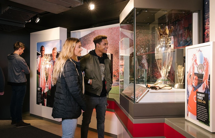 Apri foto 5 di 8. Emirates Stadium Tour