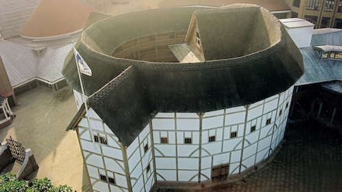aerial view of shakespeares globe