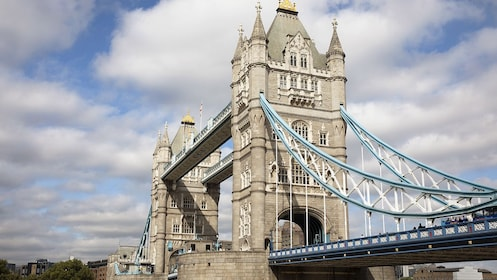 Tower Bridge_2_The London Pass_EXP_newbrand.jpg