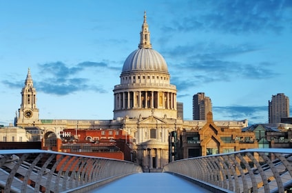 bigstock-London-St-Paul-Cathedral-Uk-61480838_preview.jpeg