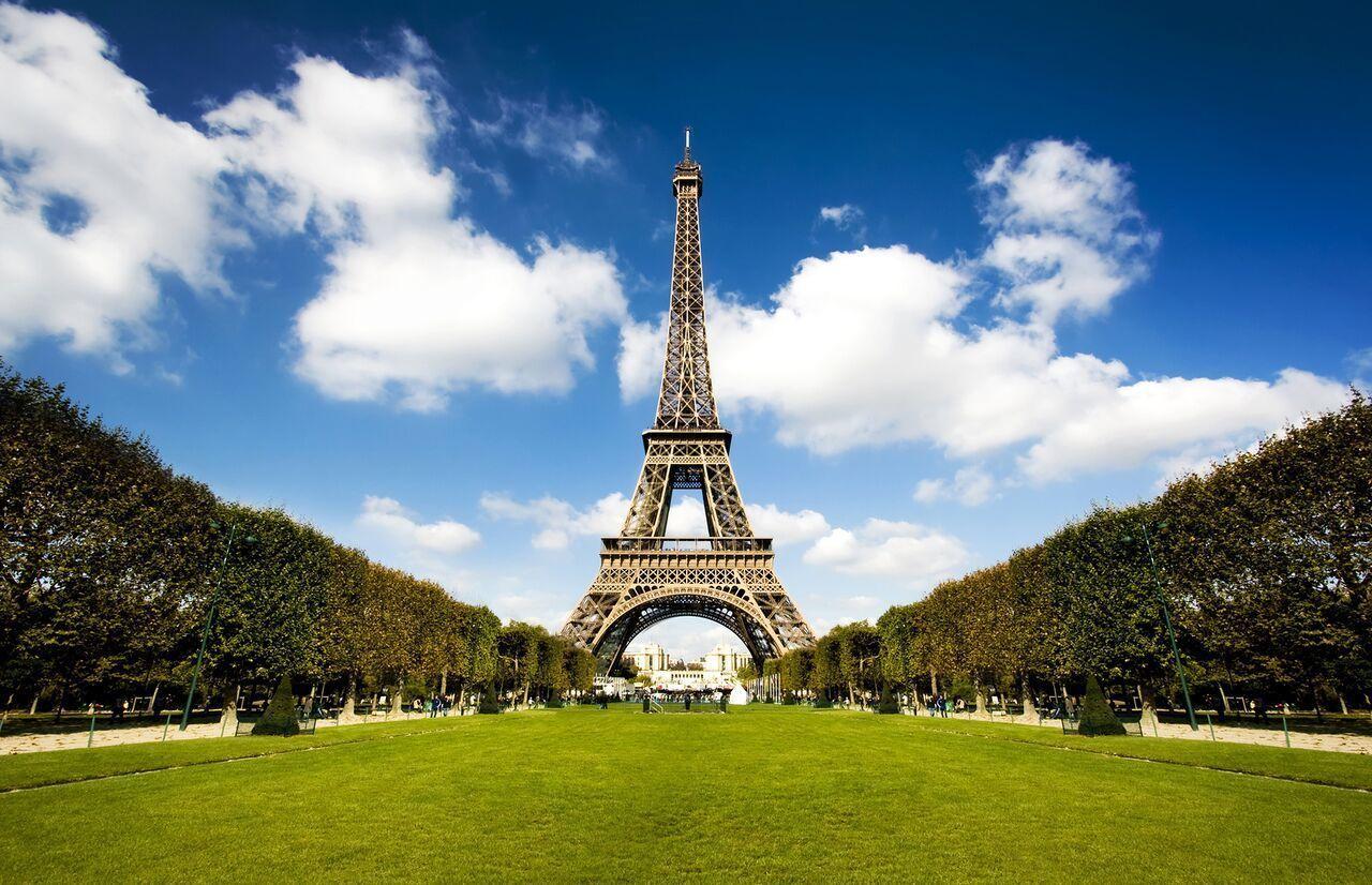 bigstock-Beautiful-Eiffel-Tower-3803272_preview.jpeg