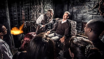 London Dungeon lippua