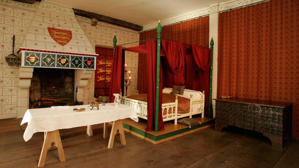 Show item 5 of 10. four post bed near fireplace in Tower of London