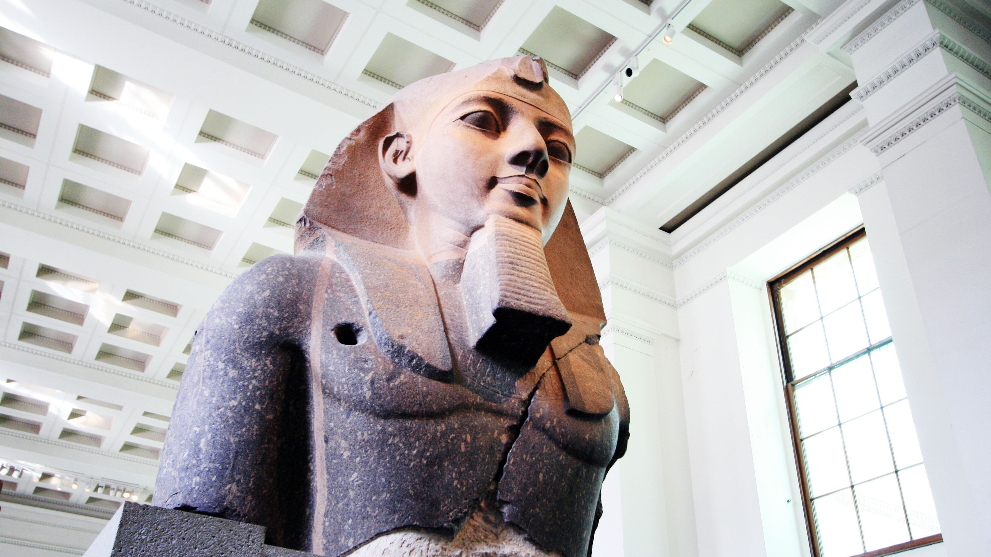statue of a Pharaoh at museum in London