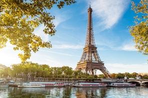 Paris Day Trip via Eurostar with Open-Top Bus Tour