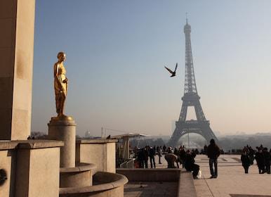 Distant_Eiffel_Tower_Paris.jpg