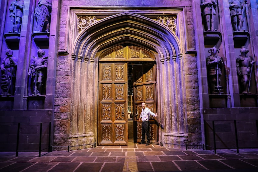 Carregar foto 4 de 10. Warner Bros. Studio Tour London – The Making of Harry Potter