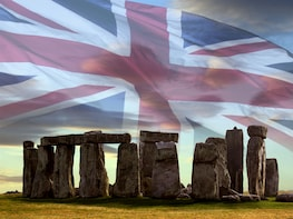 Windsor, Oxford & Stonehenge Day Tour with Admission