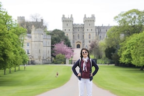 Windsor Castle, Stonehenge and Bath Day Tour