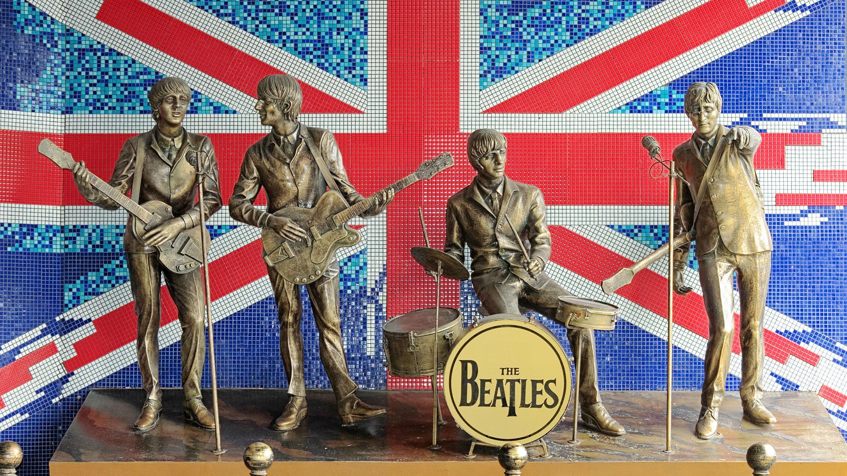 bronze statutes of Beetle rock Band in London