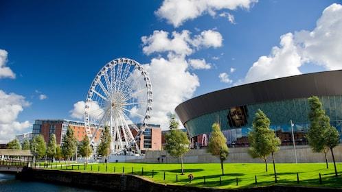 ferris wheel at Liverpool museum in London