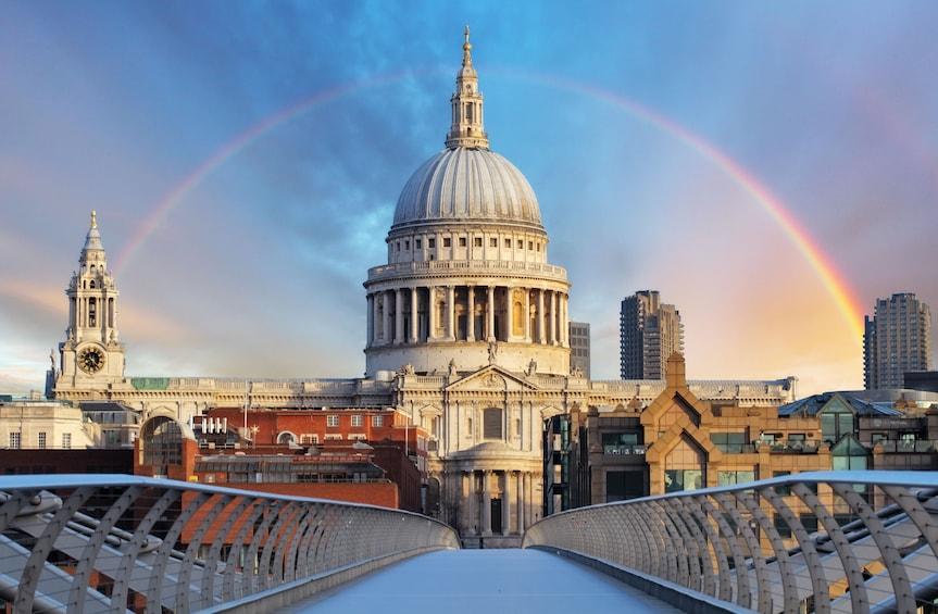 Apri foto 2 di 9. Total London Tour with London Eye, Tower of London & Lunch