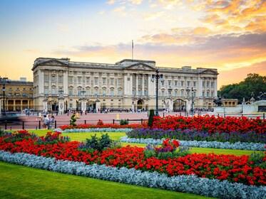 buckingham palace 3.jpg