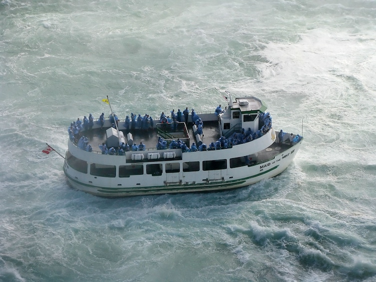 American-Side Tour of Niagara Falls with Maid of the Mist Boat Ride