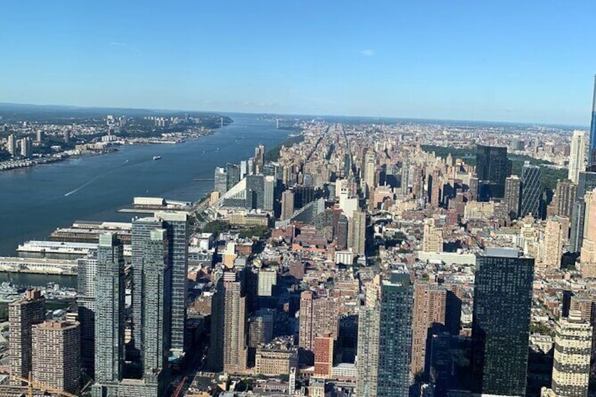 Show item 4 of 6. Private All Inclusive New York Transfer: Cruise Port to Airport or Manhattan