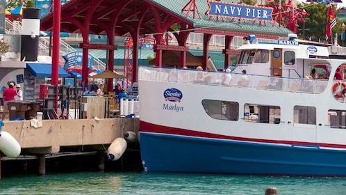 boat docked at navy pier in chicago