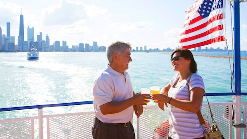 Couple on a sightseeing boat in Chicago