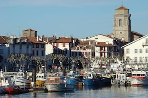 Biarritz, Bayonne & Basque Country Sightseeing : Private Driving Tour